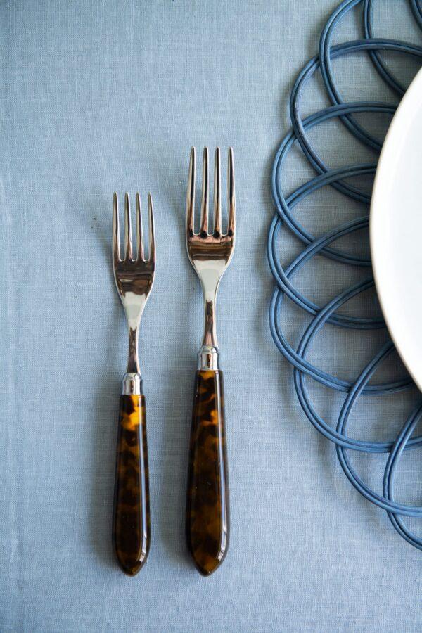 Tortoiseshell Cutlery-1-5-copy-Signature Editions -scaled-1.jpg